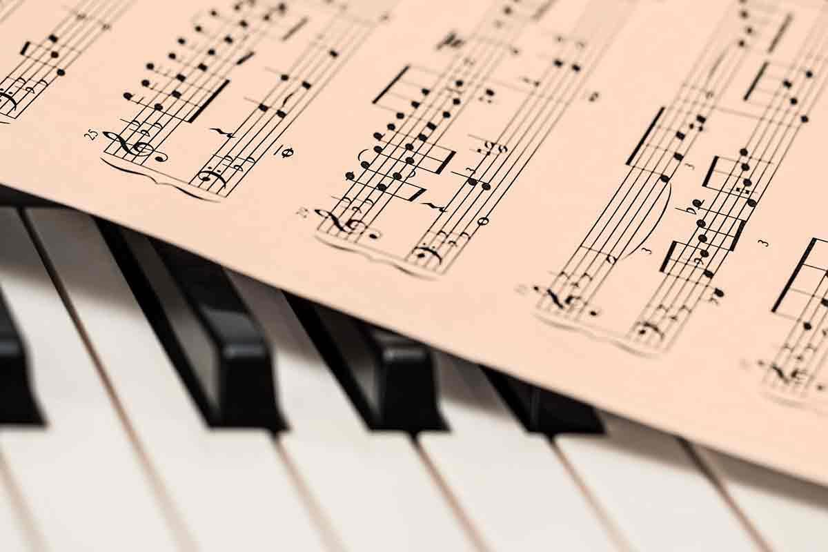 Istituto Sant Apollinare - Musica è