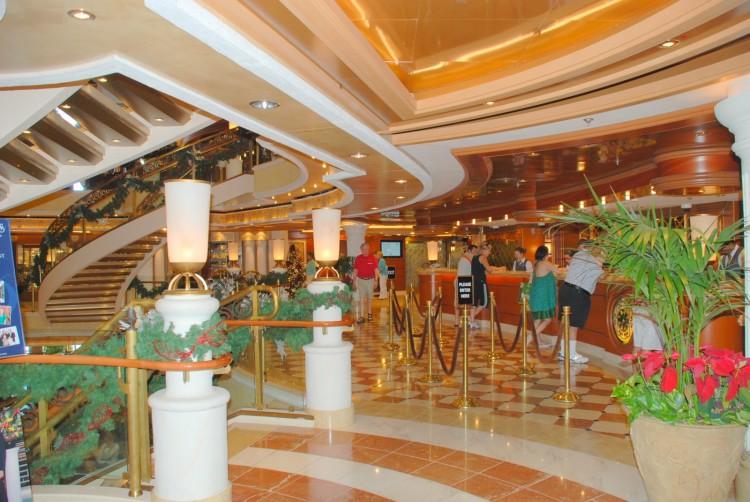 Photos Gallery for Interior Room Emerald Princess Baltic
