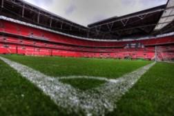 Stadionul Wembley - vedere de la nivelul gazonului