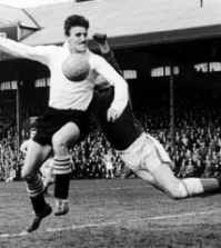 Jimmy Hill - jucator la Fulham