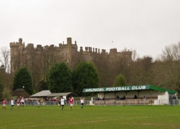 arundel-castle-football