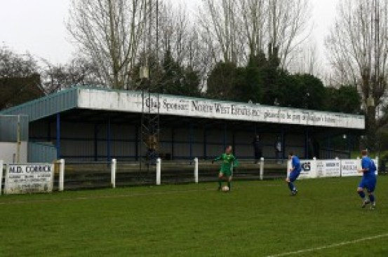 hitchin-town-grandstand