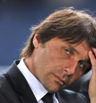Juventus' coach Antonio Conte reacts aft