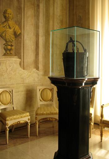 Bologna, Modena și găleata de stejar care a schimbat istoria Europei