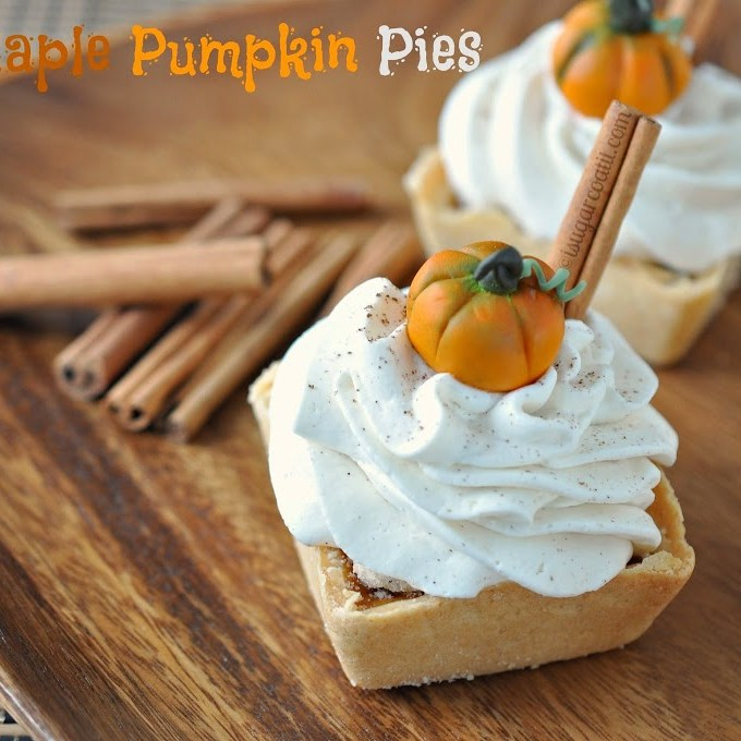 Mini Maple Pumpkin Pies with Spiced Whipped Topping {Thanksgiving}