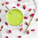 Tropical Punch Green Smoothie. Smoothie Resolution Round Up 2017.
