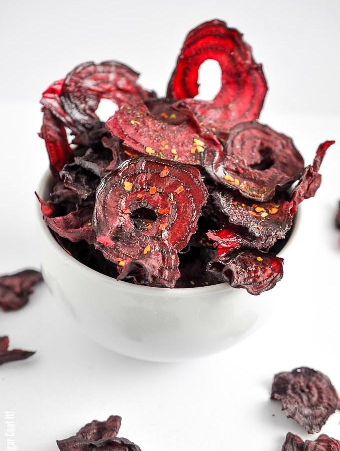 Made in the dehydrator, these Sriracha Beet Chips are a snacktastic blend of crisp, spicy, sweet and downright pretty.