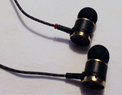Optoma NuForce NE800M: In-Ear-Ohrhörer mit tollen Hifi-Eigenschaften