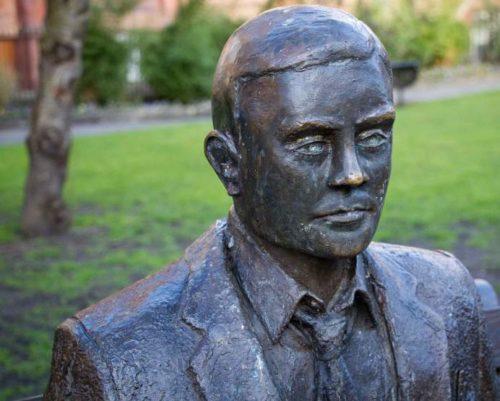 Alan Turing, Erfinder des Turing-Tests zur Bestimmung von funktionierenden KI-Algorithmen