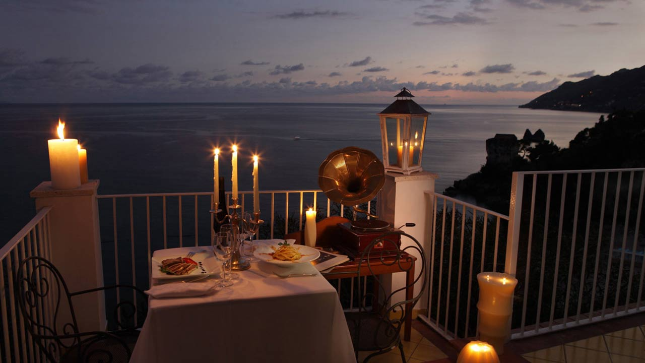 ROMANTIC HONEYMOON TOUR IN ITALY  Itailory