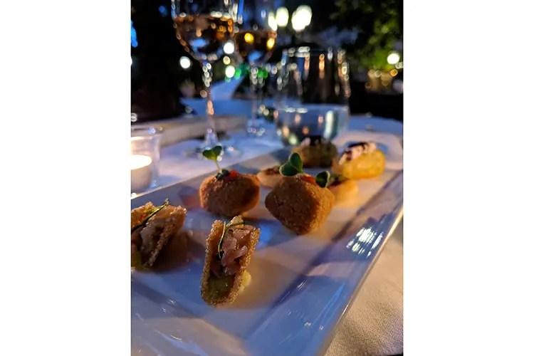 Le sfiziosità firmate Di Gravio per l'aperitivo (All'Assaje con Lorenzo Di Gravio Un fine dining per tutti i giorni)