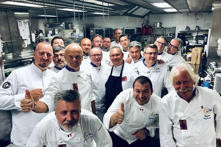 La squadra di cuochi che ha cucinato (Euro-Toques International accoglie il nuovo Parlamento Ue)