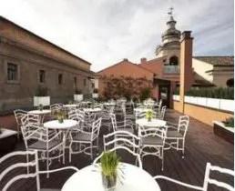 Apre la terrazza dellHotel DOM A Pasqua due menu in stile picnic  Italia a Tavola
