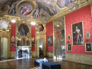 Palazzo madama torino piano nobile 08 300x225 - Al Museo Civico d'Arte Antica di Palazzo Madama di Torino dipinti accessibili alle persone con disabilita' sensoriale