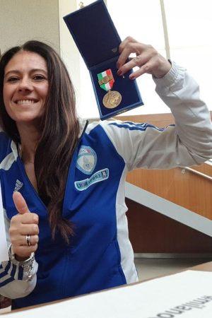 giusy-versace-medaglia-bronzo-valore