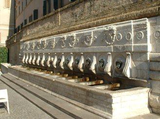 Ancona - Fontana delle 13 cannelle