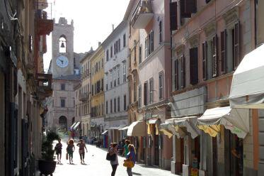 Osimo - la via principale