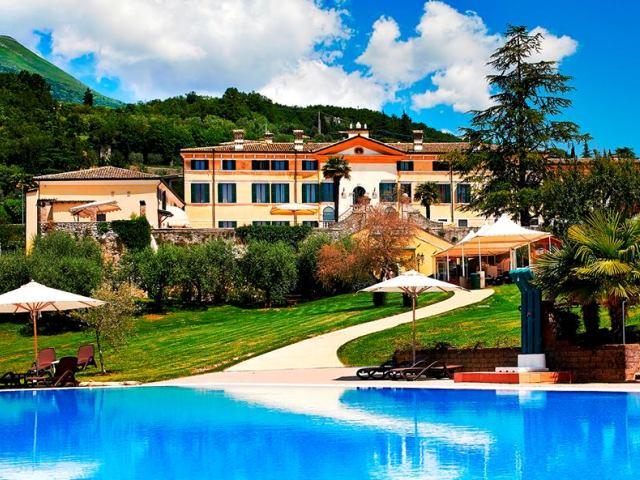 Villa Cariola - Veneto - Italy