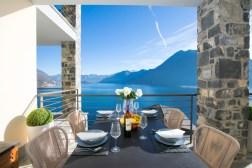 2675-10Prive-terras met prachtig uitzicht op het Comomeer