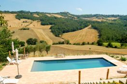 Prive-zwembad met prachtig uitzicht