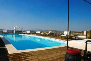 Zwembad met prachtig uitzicht