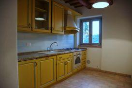 Volledig uitgeruste keuken (appartement bovenverdieping)