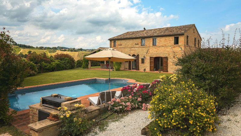 vakantiehuis prive-zwembad le marche italie