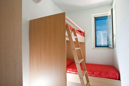 Slaapkamer 2 met stapelbed