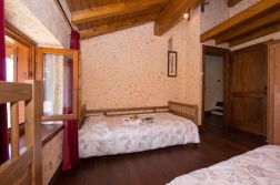 Slaapkamer met twee 1-persoonsbedden