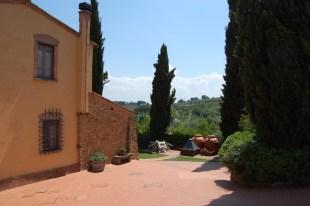 Appartement Giotto | Tuin & terras gezien vanaf de zijkant van het appartement