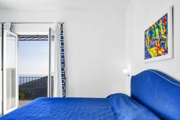 Appartement Carmen | Slaapkamer 1 met 2-persoonsbed