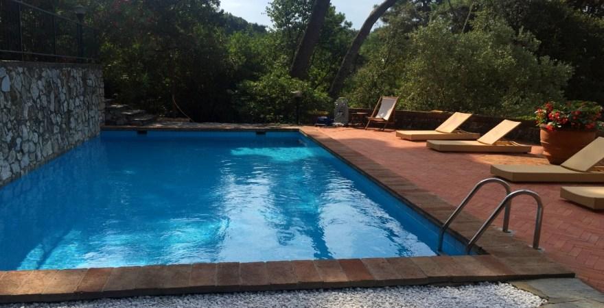 villa toscaanse kust zwembad