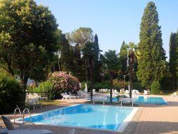 appartement lago maggiore zwembad