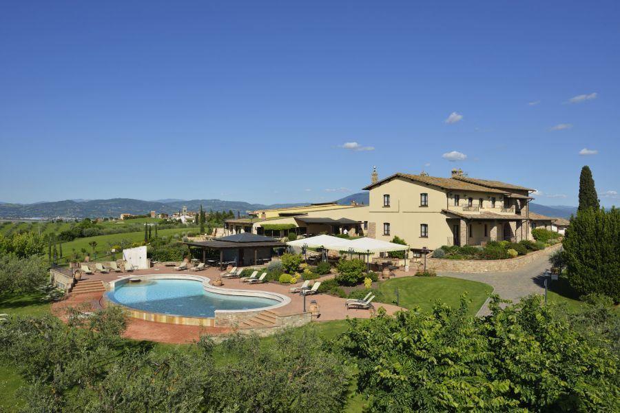 Offerte di Capodanno al Borgo Torgiano con Spa in Umbria