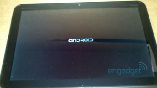motorola10 tegra2 001 500x281 Motorola lavora a un nuovo tablet da 10 pollici con processore dual core Tegra 2