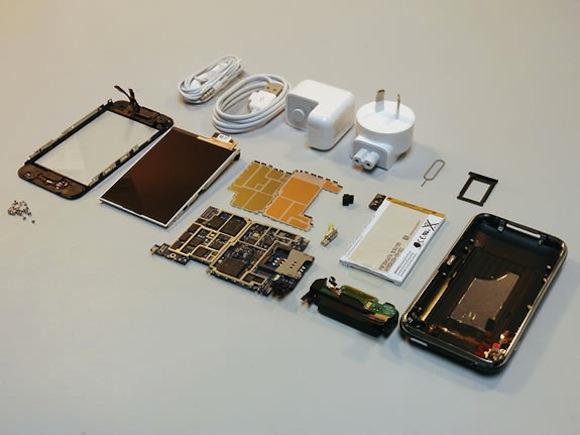 ifixit Al Macworld 2011 iFixit ha mostrato la riparazione di prodotti Apple
