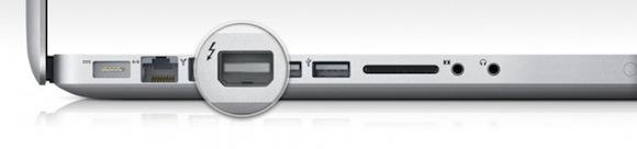 MacBook Pro Early 2011 Thunderbolt port 670x157 Intel annuncia un development kit per Thunderbolt: ci si aspetta una grande diffusione dello standard