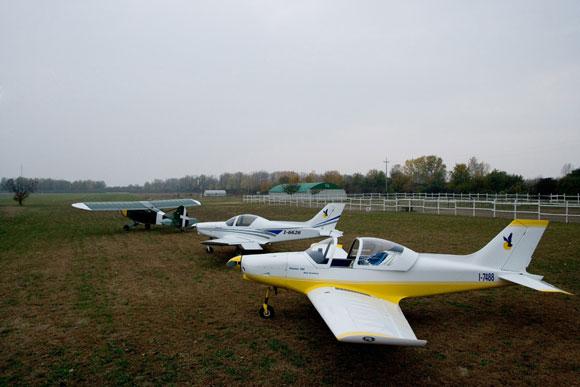 alcasale Meeting e workshop per piloti ultraleggeri dellapplicativo Massan per iPad