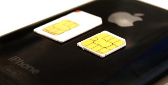 micro sim iphone4 Apple propone delle SIM card ancora più piccole
