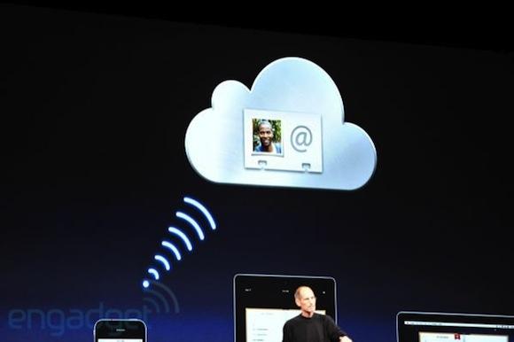 stevejobswwdc2011liveblogkeynote0887 WWDC: iCloud, PC e Mac diventano dispositivi, tutti i contenuti sono in remoto