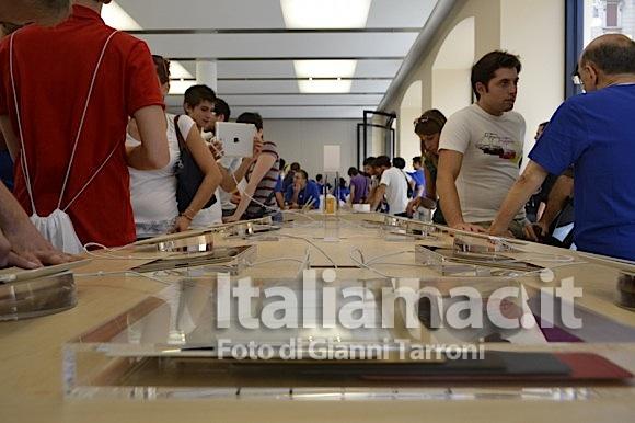 iPad esposti 580x386 Il reportage di Italiamac dallApple Store di Bologna