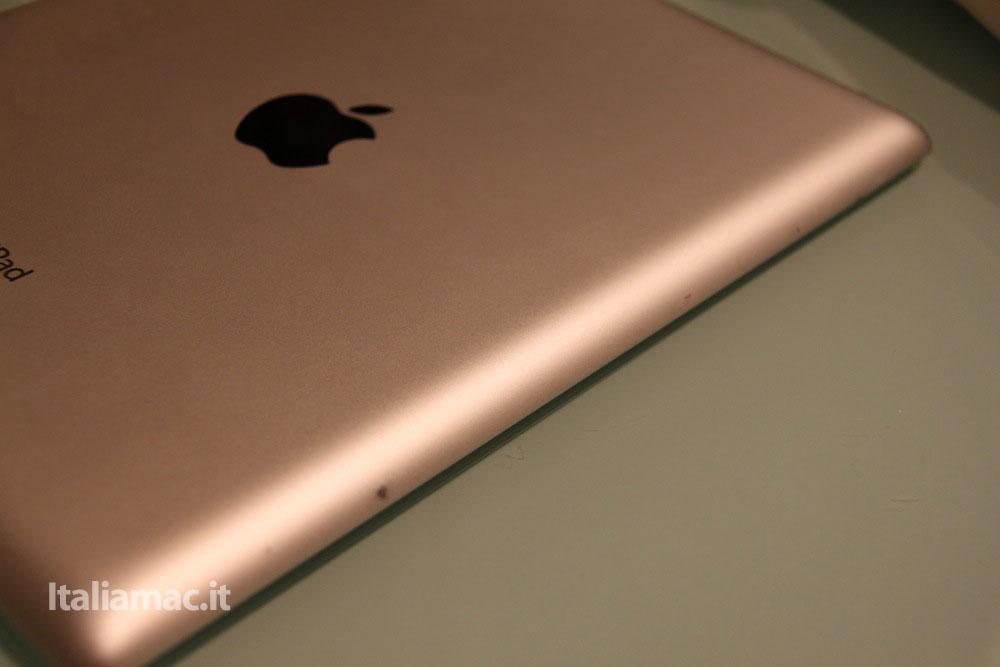 %name Apple Smart Cover, iPad 2 a rischio?