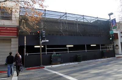 20111221  spdn1222apple00001 GALLERY Apple Store: Apple inizia la costruzione di un nuovo prototipo a Palo Alto