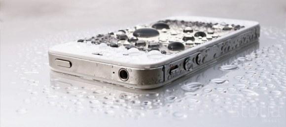 Liquipel1 580x258 I nuovi dispositivi di Apple e Samsung potrebbero implementare la tecnologia WaterBlock