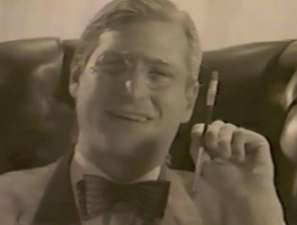 stevejobsfdr 580x440 Steve Jobs conquista il mondo nei panni di Roosevelt in un video aziendale degli anni 80