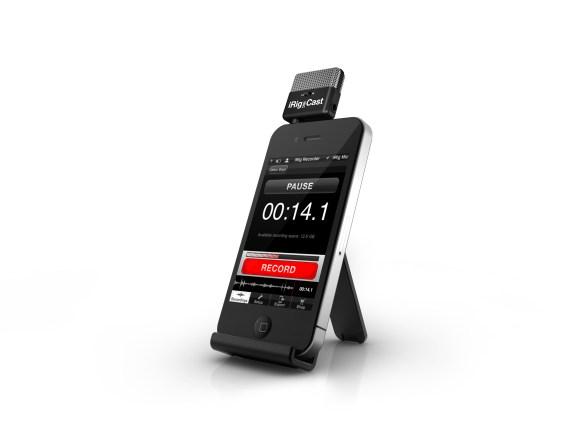 iRigMicCast 1 580x448 iRig MIC Cast, il microfono compatto dedicato ai dispositivi iOS