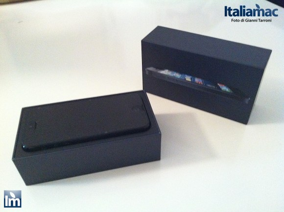 IMG 0184 580x433 Unboxing del nuovo iPhone 5 (foto e video)