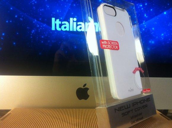 purosoftcoverbianca03 580x433 Cover iPhone 5 di Puro: Abbiamo provato la Clear e la Soft
