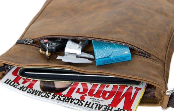 indy back pocket lg 580x370 Indy, la borsa per iPad di Waterfield