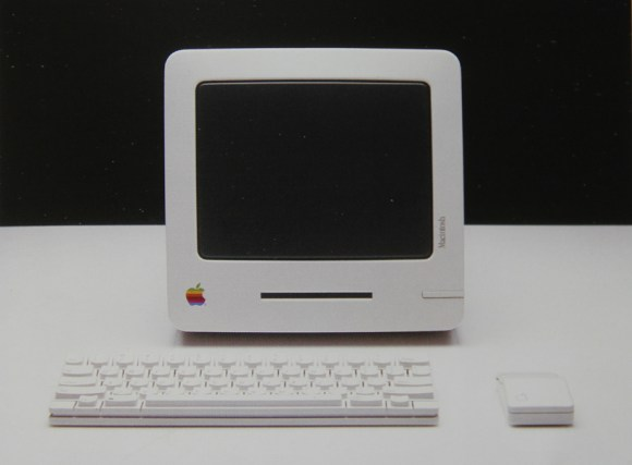 baby macintosh mac 580x427 MacPhone, il telefono, tablet e touchscreen Apple del 1985. Ma cè anche il Baby Mac, il Macintosh Studies e la  Flat Screen Workstation